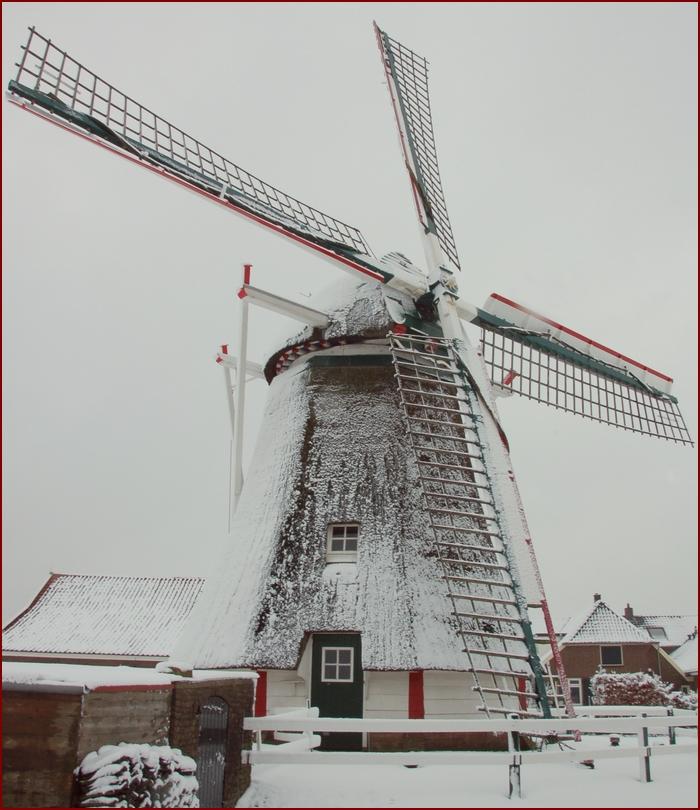 Molen_sneeuw_afgesneden_700xk